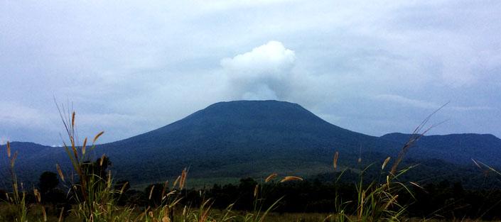 2 days Nyiragongo hike safari Congo